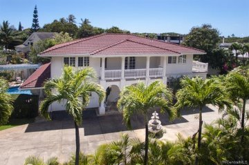 3607 Diamond Head Circle